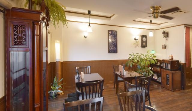 レトロな店内の喫茶店